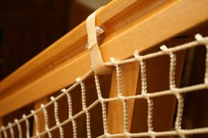 Siatka na schody beżowa – opaska rzep