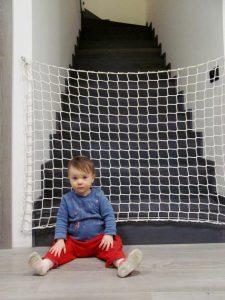 Siatka na schody dziecko