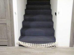 Zwinięta bramka siatka na schody